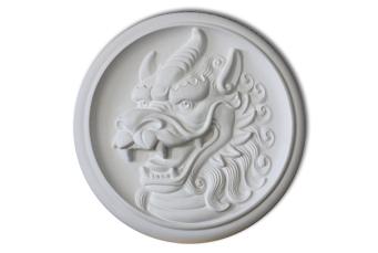 барельеф дракон - символ года 2012
