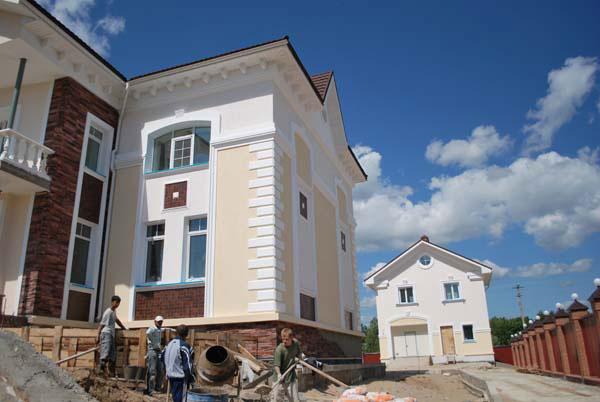 оформление группы зданий фасадной лепниной в самаре