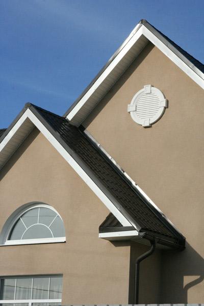 Лепной декор - Слуховые окна или вентиляционные решётки.
