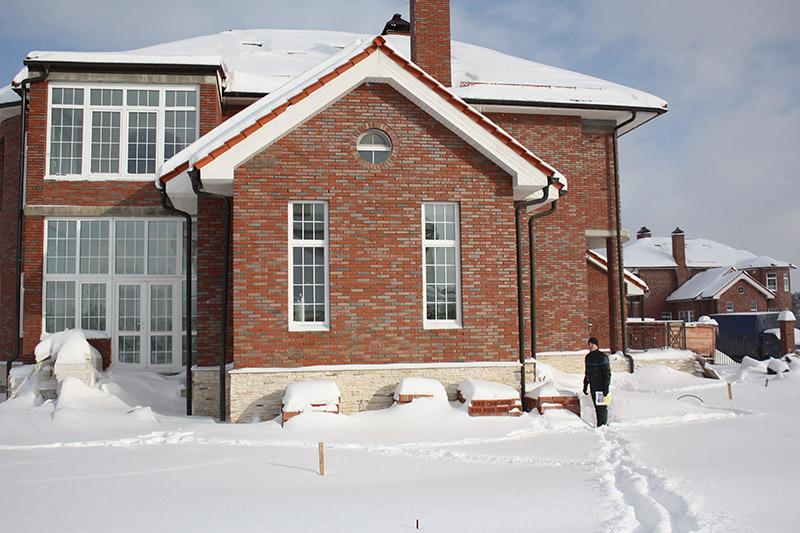 тюнинг фасада дома, фотографии оформления окон, фронтон, как сделать окна в доме