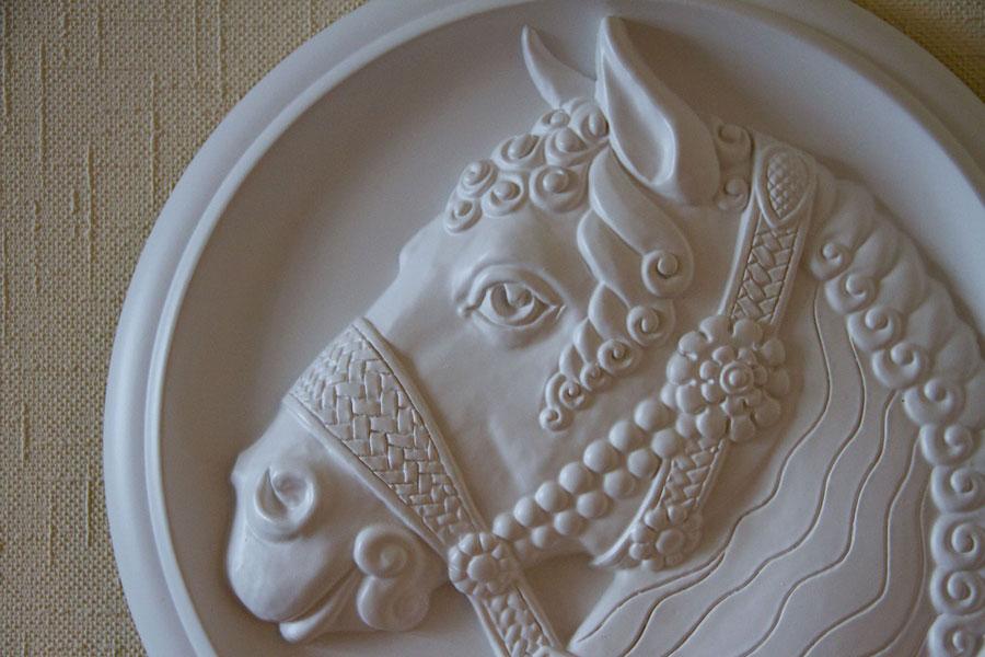 подарок с лошадью - символом 2014 года