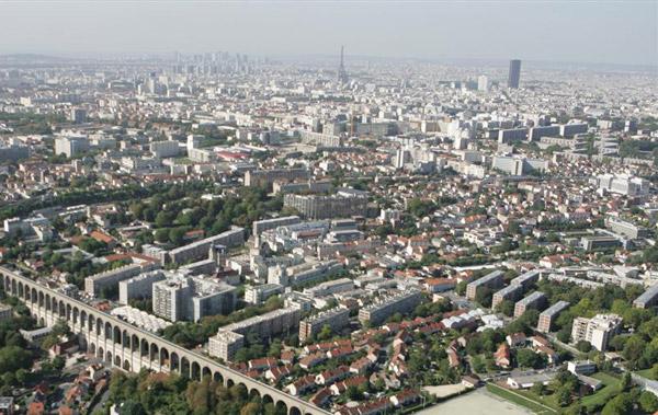 агломерация - скопление населенных пунктов, архитектурный словарь, крупная городская агломерация