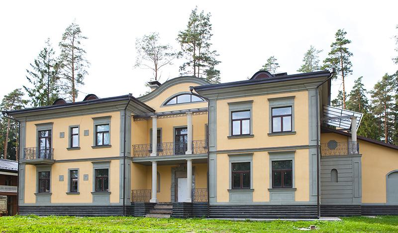 Фотографии красивых загородных домов, русский усадебный стиль, классический декор, современная усадьба