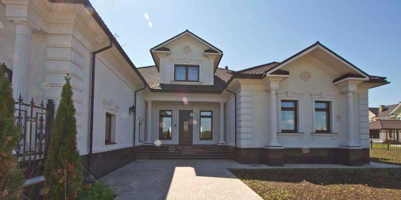 лепной декор, фасадная лепнина, фасадный декор, декоративные элементы, окна декор